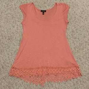 💠 2 for $20! Peach colored top